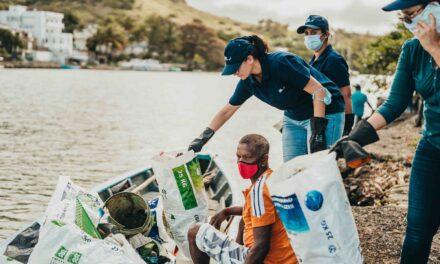 Nettoyage des cours d'eau par ENL et les pêcheurs du Sud-Est.